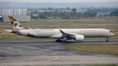 0330_F-WXAC_A350_ETIHAD-A_resize