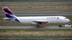 9190_F-WWBB_A320_LATAM-A_resize