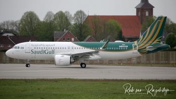 9357_D-AUAM_A320_SAUDI-GULF-B_resize